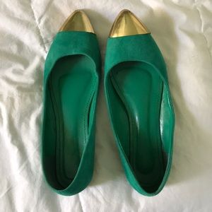 Shoe dazzle gold tipped flats